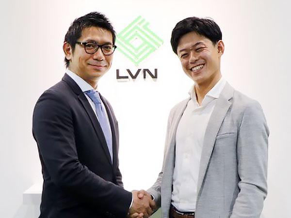 (左)リビン・テクノロジーズ代表 川合 と(右)クラッソーネ代表 川口